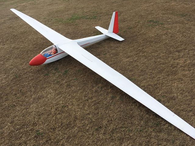 Radio Controlled And Gliding Over >> Ask18 1 25 Scale Glider Welkom Bij Rc Europe Producent Van